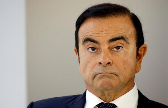 """Carlos Ghosn veut être jugé séparément de Nissan pour un procès """"équitable"""""""