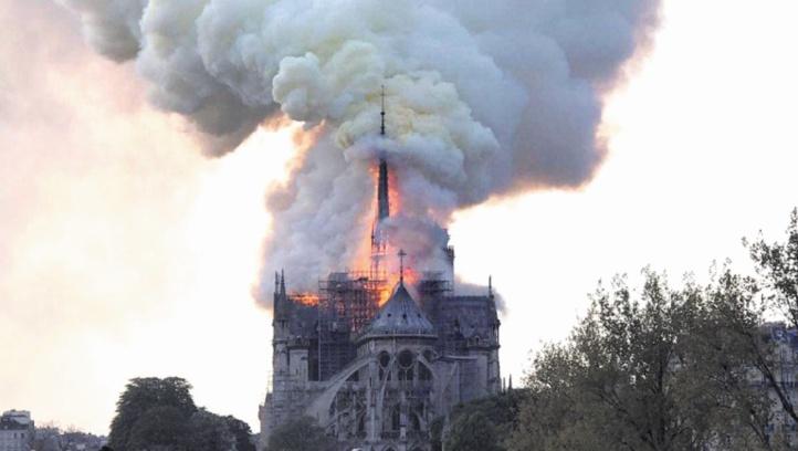 Le cœur de Paris ravagé