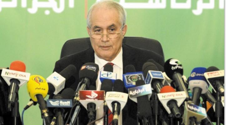 Démission de Tayeb Belaiz visé par la contestation