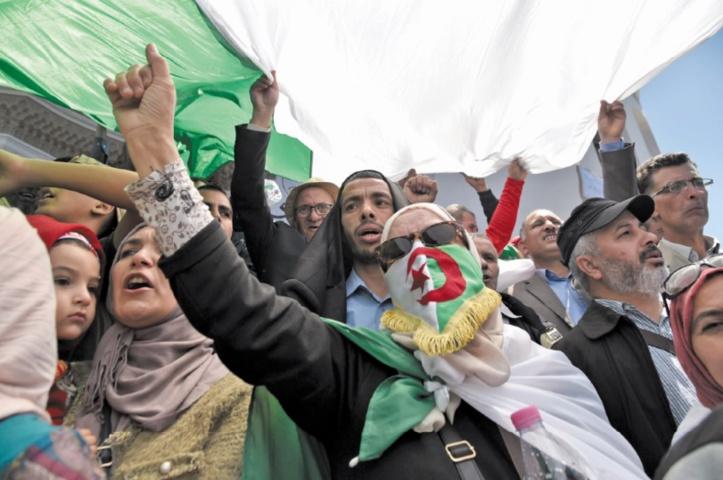 L'armée algérienne appelle au dialogue avec les institutions de l'Etat pour sortir de la crise