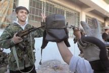 Moutassim Kadhafi capturé : Les combattants du CNT poursuivent leur offensive