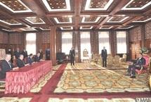 S.M le Roi préside la cérémonie de signature d'une convention relative au développement de la compagnie  : L'augmentation du capital de la RAM favorisera son repositionnement