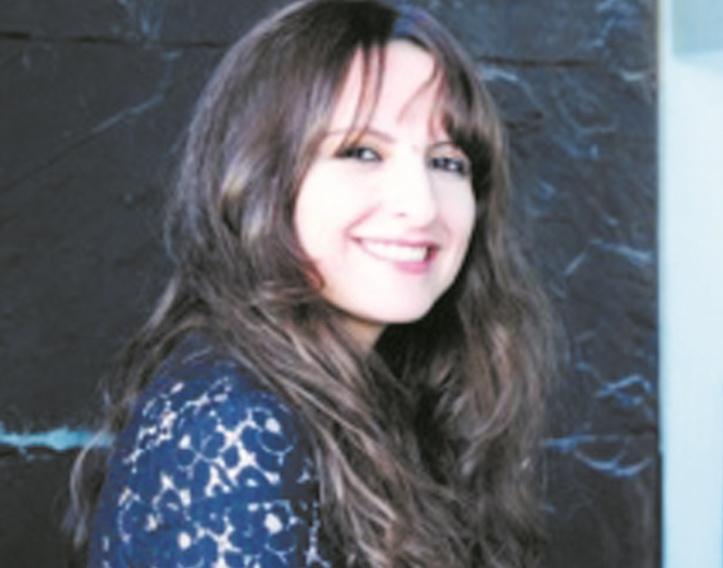 Asmae Houri : Les médias qualifient d'intellectuels des personnes qui ne le sont qu'en apparence