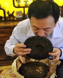 "L'engouement des riches chinois pour un thé ""made in China"""