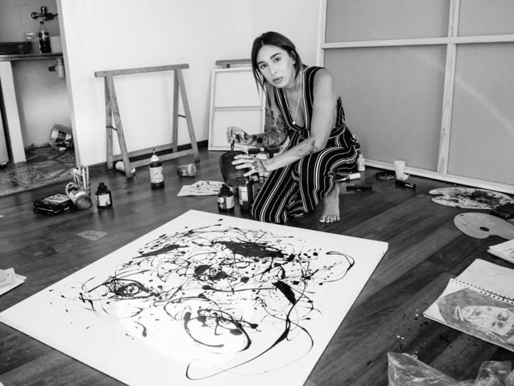 """L'exposition """"Sur le fil"""" de l'artiste peintre Zineb Bennis à Casablanca"""