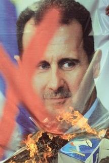 Le spectre d'une guerre civile plane sur la Syrie : La communauté internationale veut des sanctions contre Damas