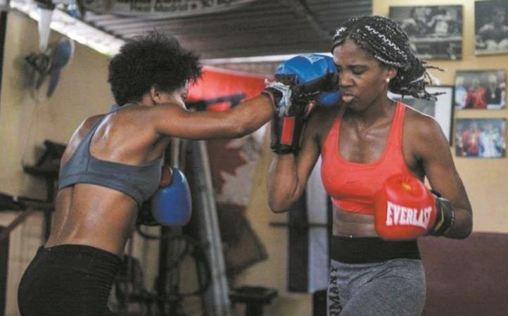 Sur l'île de la boxe, les femmes cubaines restent interdites de compétitions