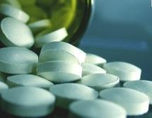 Pris à des doses excessives et régulières : Le  paracétamol peut entraîner la mort