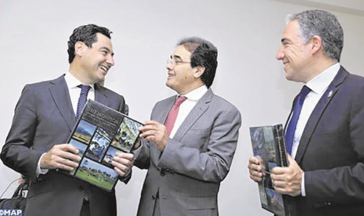 La consolidation de la coopération maroco-andalouse au centre d'entretiens entre Abdelkrim Benatiq et Juan Manuel Moreno
