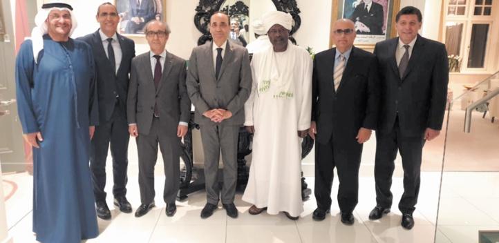 Le président de la Chambre des représentants rencontre le corps diplomatique arabe accrédité à Dublin