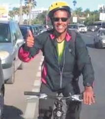 De Casa à La Mecque à vélo:  Le pari fou de Karim Mosta