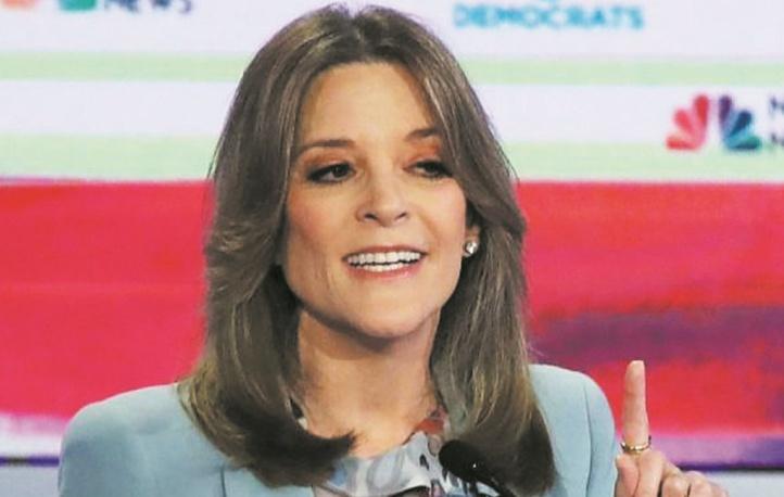"""Marianne Williamson, étonnante candidate qui prêche """"l'amour"""" pour battre Trump"""