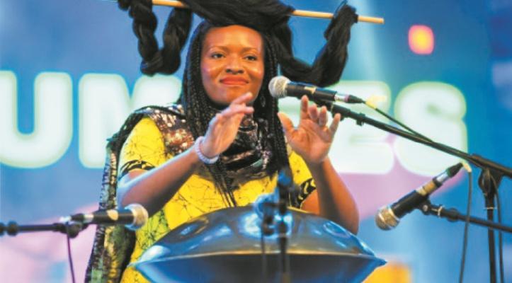 Helen Epega, la diva de l'opéra en pidgin, le créole nigérian