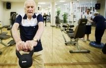 Sprinteur à 95 ans: les seniors suédois gardent la forme