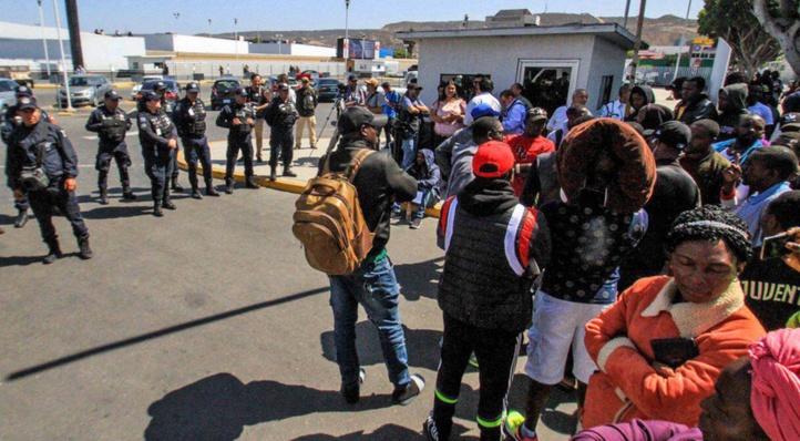 Enquête sur des abus présumés subis par des migrants adolescents aux Etats-Unis
