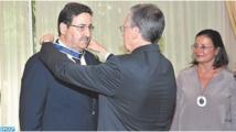 Le premier vice-président de la Chambre des conseillers décoré