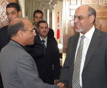 Tunisie :  Report de la présentation du gouvernement de Hamadi Jebali