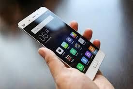 99,8% des ménages équipés en téléphones mobiles
