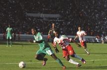 Huis clos à Meknès, barbarie à El Jadida, petit niveau à Casa : Un football qui en est à l'âge de la pierre