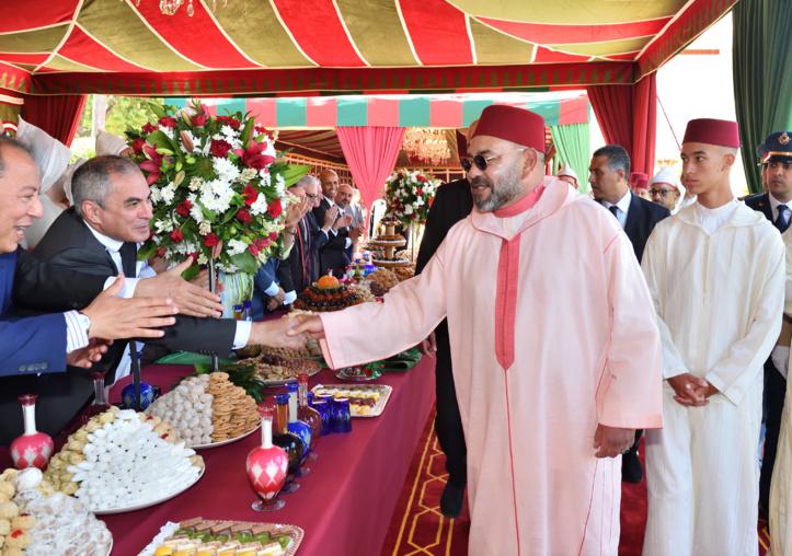 S.M le Roi préside une réception à Tanger à l'occasion de la Fête du Trône