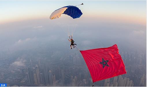 Le parachutiste Anas Bekkali met le cap sur la promotion des monuments du Maroc