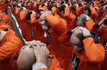 """Témoignage : Un ex-détenu évoque des """"années de torture pour rien du tout"""""""