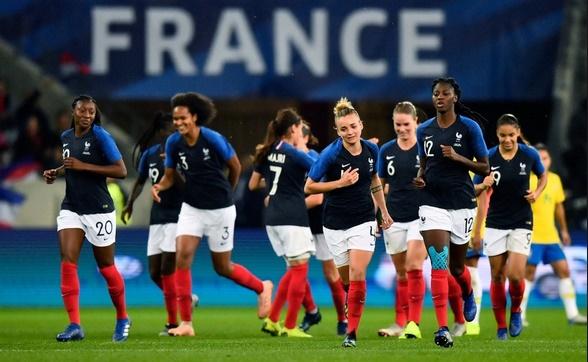 Fortunes diverses pour les sélections masculine et féminine de football