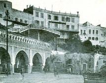 """Le phénomène éditorial de Maria Duenas traite de Tanger durant les années 1930 : """"El Tiempo entre costuras"""" adapté à la télévision espagnole"""