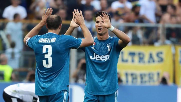 Calcio : La Juve et Naples s'imposent d'entrée