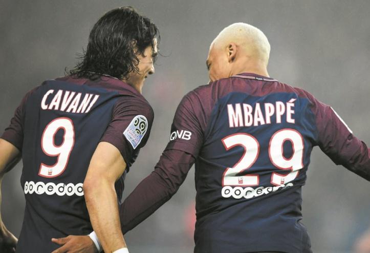Paris se rassure mais perd Cavani et Mbappé