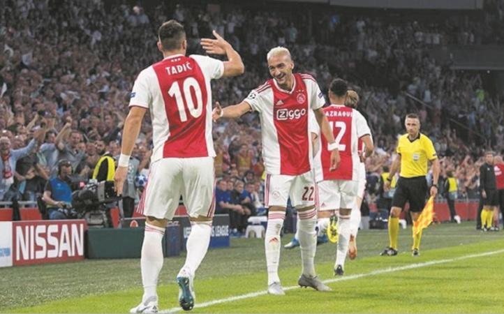 L'Ajax rejoint les groupes pour rêver à nouveau