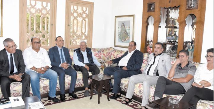 Conduite par Driss Lachguar, une délégation de l'USFP rend visite à Mohamed Elyazghi