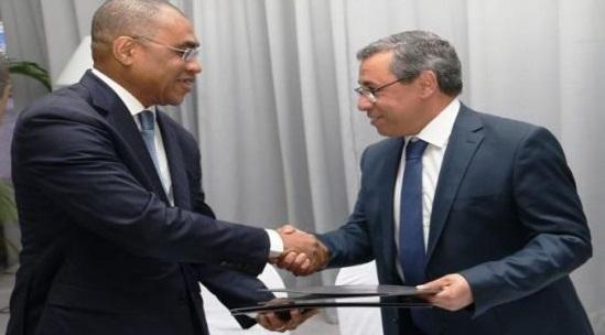 Le PDG de la BCP s'entretient avec le ministre ivoirien de l'Economie et des Finances