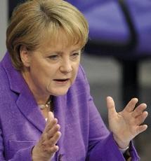La chancelière réclame une pression sur la Syrie et l'Iran : Angela Merkel vante en Chine les mérites de l'euro