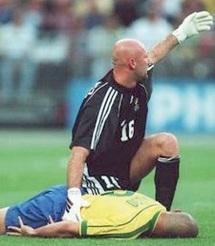 Avant la finale du Mondial 1998 : Ronaldo a fait un arrêt cardiaque