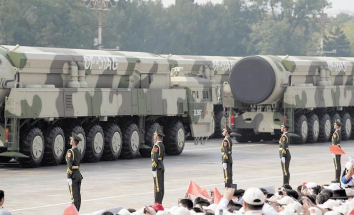 Missiles, drones et bombardiers, la Chine dévoile ses nouvelles armes