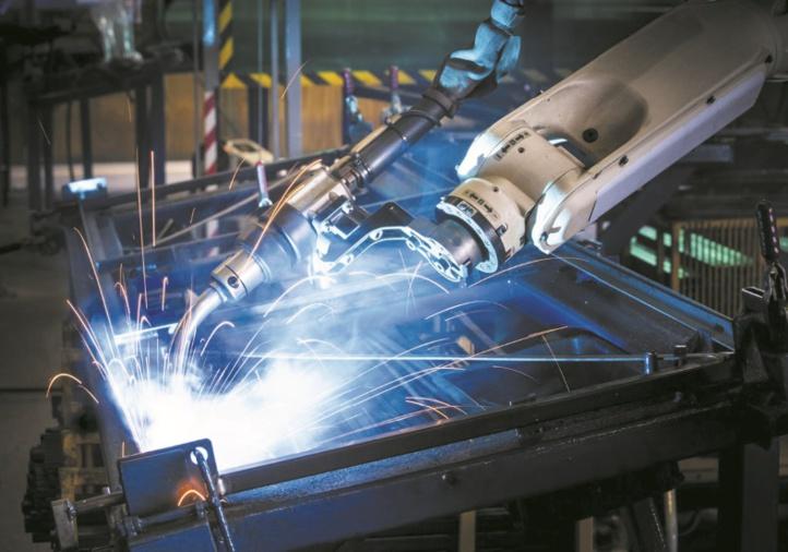 La production industrielle plie l'échine en août