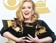 La cérémonie a été marquée par le souvenir de Whitney Houston : La Britannique Adele triomphe aux Grammy Awards
