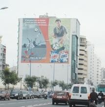 La BNPJ ouvre une enquête sur les panneaux publicitaires à Casablanca