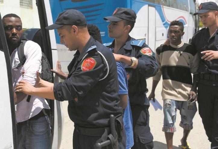 Une stratégie qui a un prix : Les refoulements des migrants irréguliers se font désormais vers leurs pays d'origine