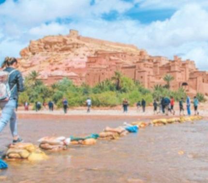 """""""TV5 Monde"""" et """"Voyage"""" réalisent un documentaire sur Ouarzazate et sa région"""