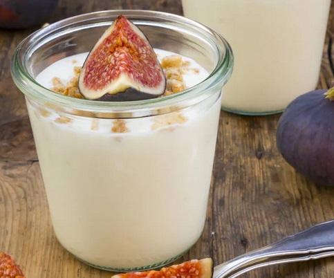 Consommer des yaourts abaisserait le risque de cancer du poumon