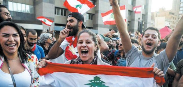 Les soutiens du président Aoun se mobilisent et la contestation continue