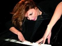Latifa Ahrare : «La pianiste est un appel à la tolérance et à l'écoute de soi»