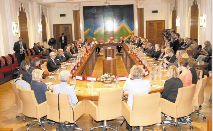 Le président de la Chambre des représentants reçoit une délégation islandaise de haut niveau