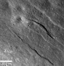 """La Lune présenterait des signes """"récents"""" d'activité géologique"""