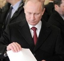 Présidentielles russes : Probable élection de Poutine malgré la contestation