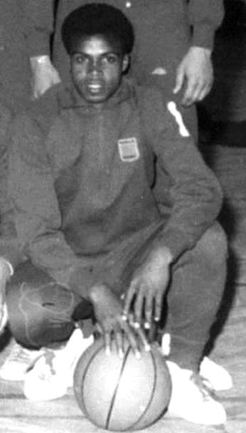 L'hommage posthume de la famille du basket à Abderrahmane Sebbar