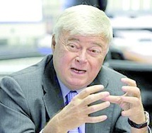 Accusé de corruption : Teixeira se met en congé maladie
