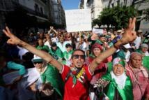 Les étudiants algériens manifestent contre la tenue de la présidentielle